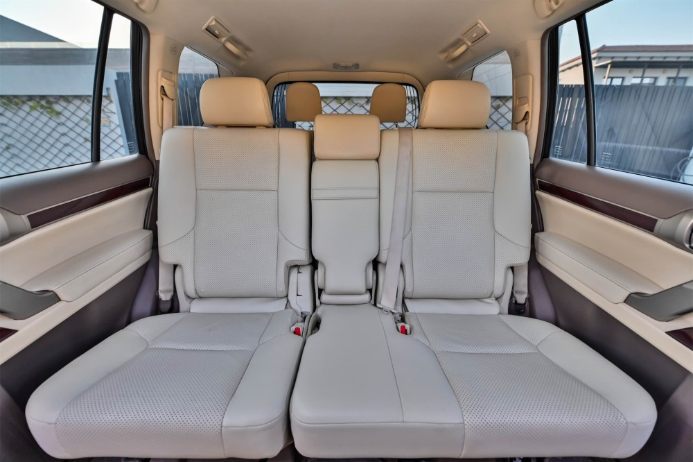 buy pre-owned Lexus GX460 Platinum with warranty