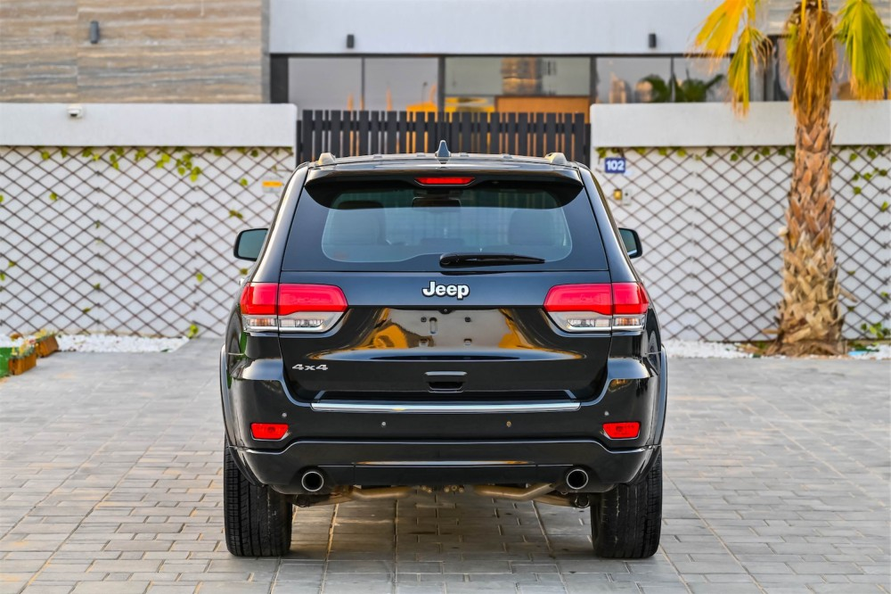 buy second hand Jeep Grand Cherokee Overland 5.7L without downpayment