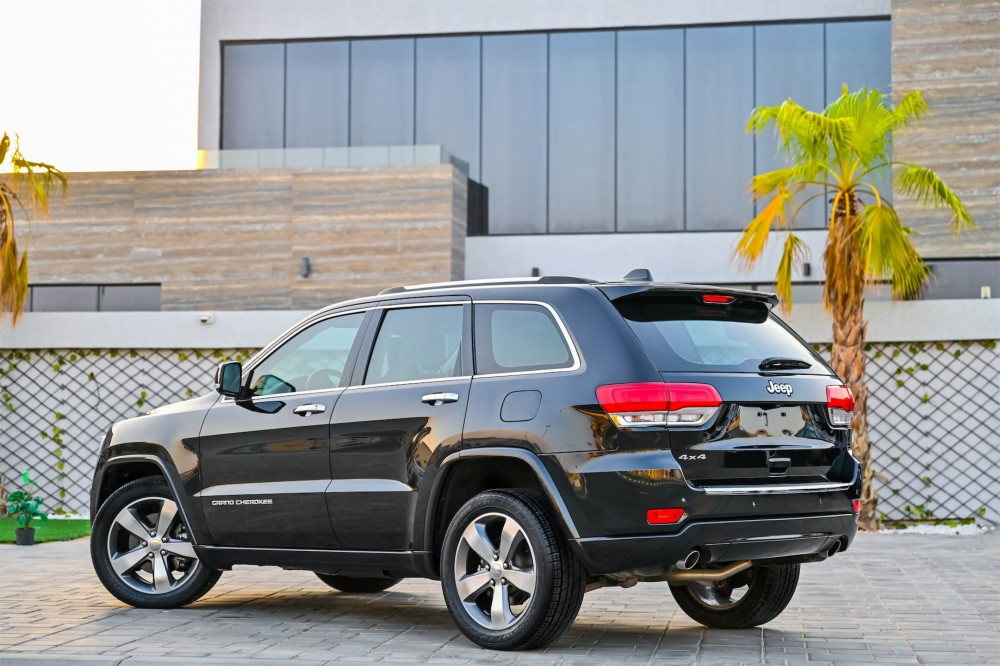 buy certified Jeep Grand Cherokee Overland 5.7L without downpayment