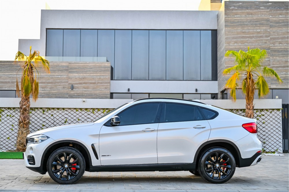 buy used BMW X6 xDrive50i 4.4L without downpayment