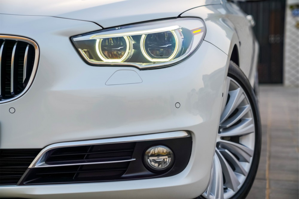 buy second hand BMW 528i GT Line in UAE