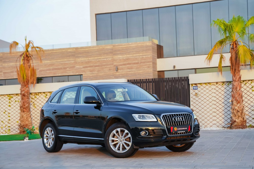 buy second hand Audi Q5 40TFSI with warranty