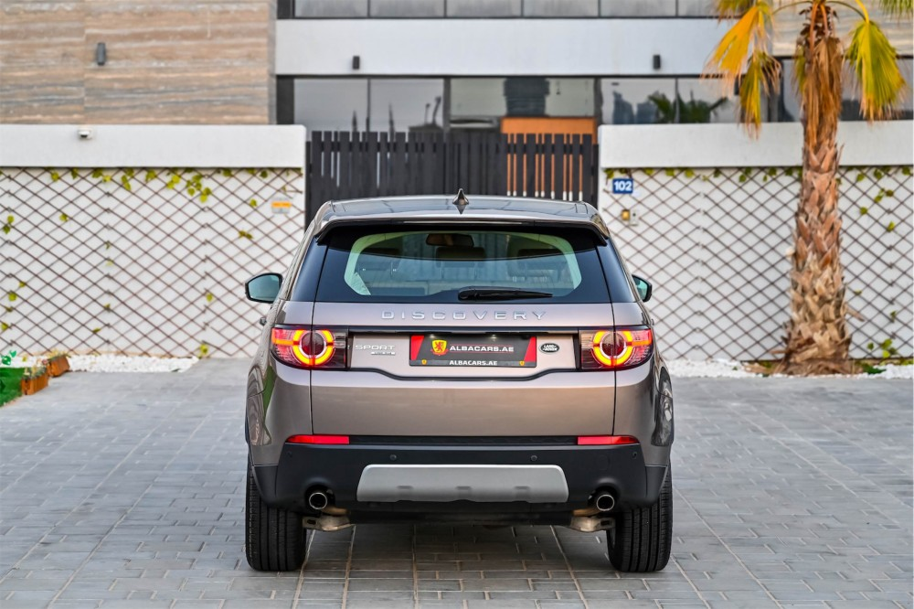 buy certified Land Rover Discovery Sport HSE in Dubai