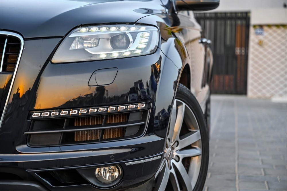 buy pre-owned Audi Q7 with warranty