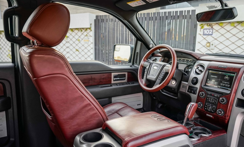 buy used Ford F-150 King Ranch Double Cabin in Dubai