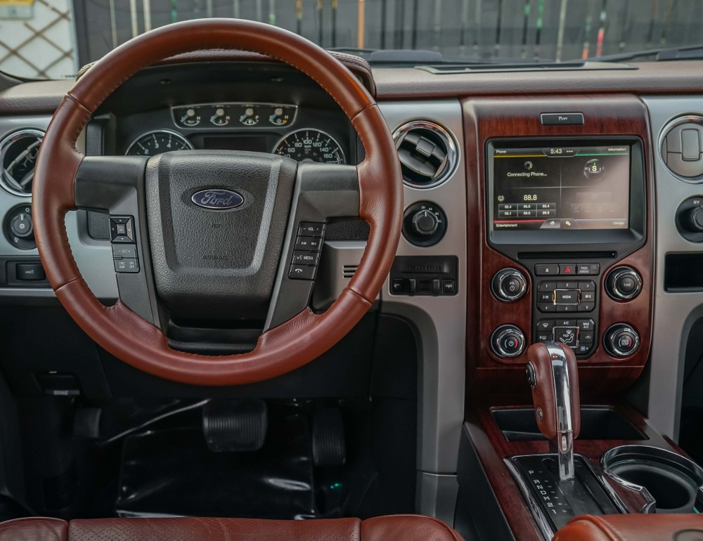 buy pre-owned Ford F-150 King Ranch Double Cabin in UAE