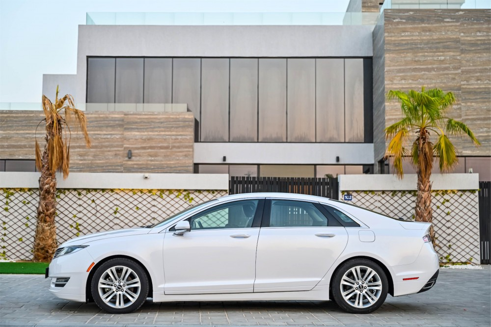 buy second hand Lincoln MKZ Ecoboost in UAE