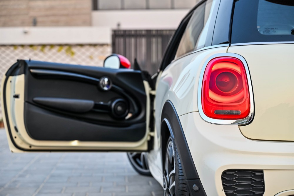 buy pre-owned MINI Cooper JCW without downpayment