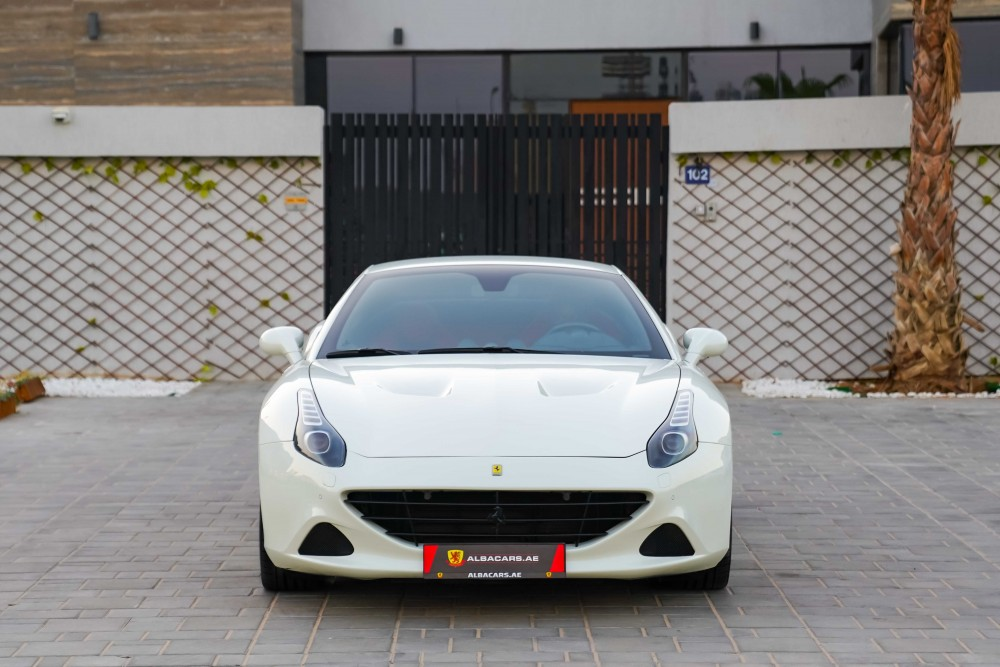 buy second hand Ferrari California T without downpayment