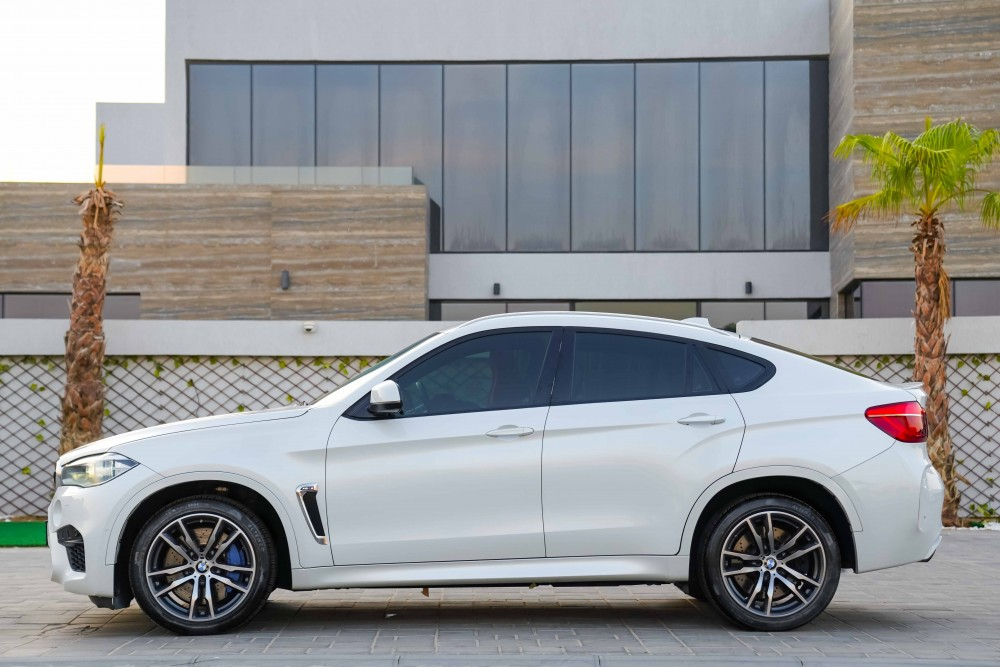 buy approved BMW X6 M with warranty