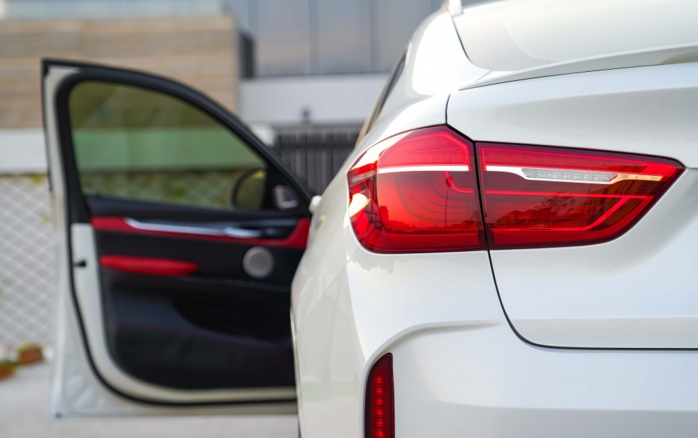 buy used BMW X6 M without downpayment