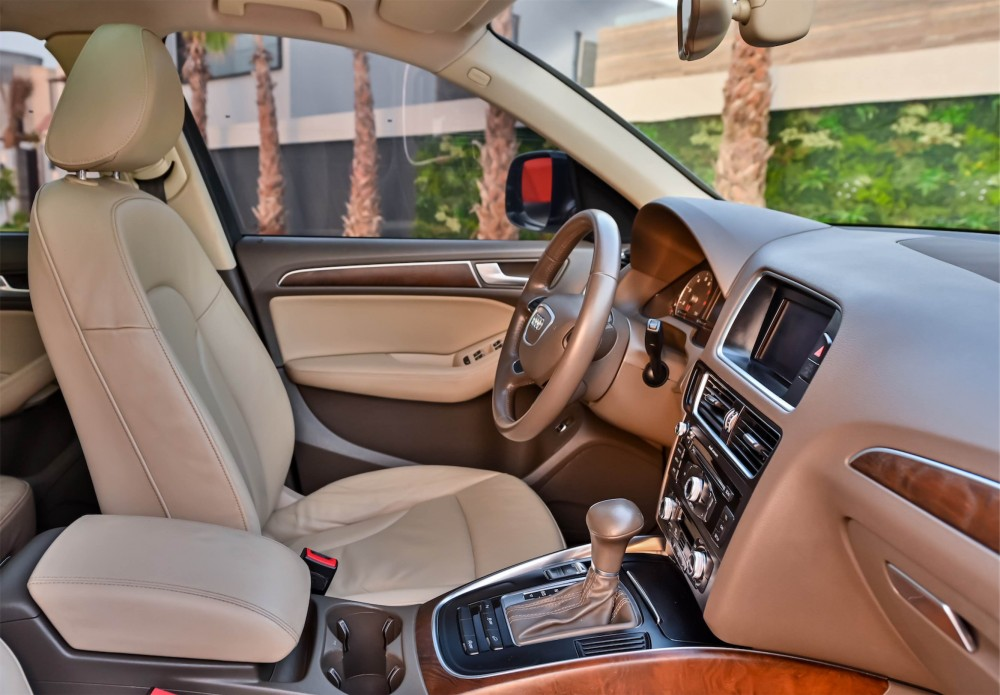 buy slightly used Audi Q5 2.0L without downpayment