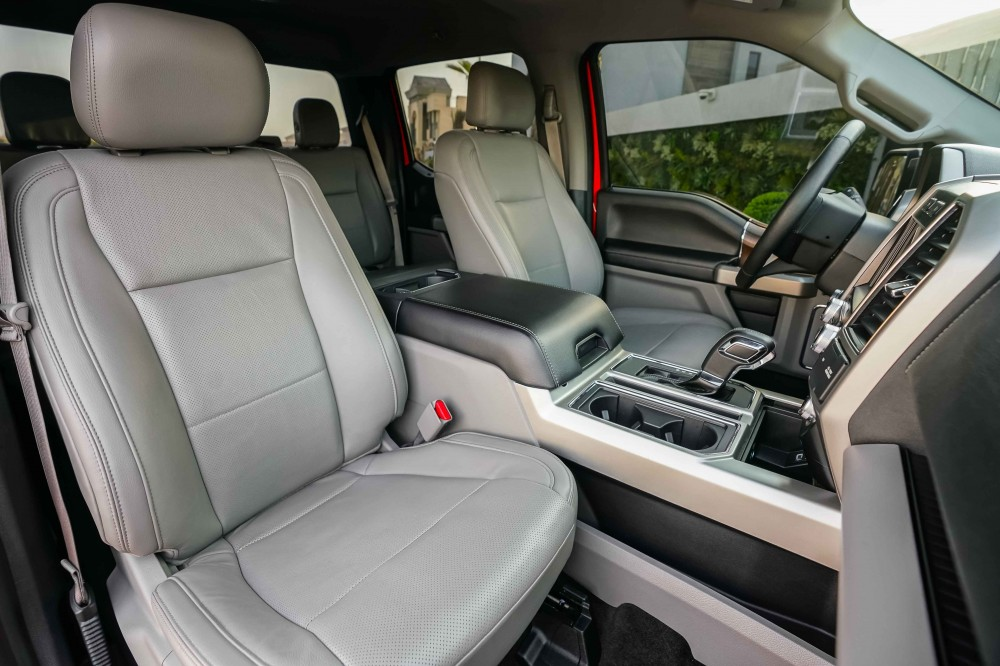 buy second hand Ford F-150 Lariat Ecoboost Double Cabin without downpayment