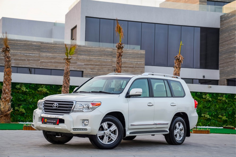 buy used Toyota Land Cruiser with warranty