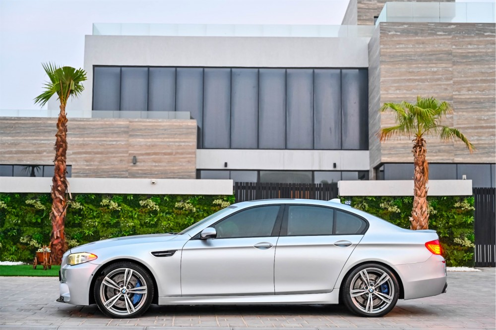 buy approved BMW M5 without downpayment