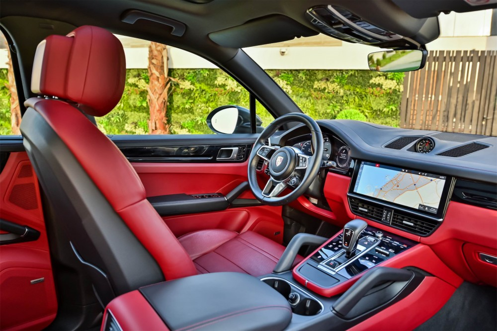 buy used Porsche Cayenne - Chrono Package without downpayment