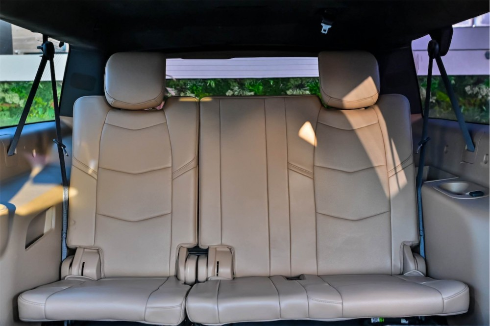 buy pre-owned Cadillac Escalade Platinum ESV without downpayment