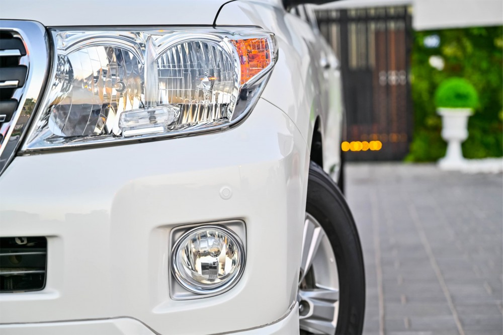 buy certified Toyota Land Cruiser GXR without downpayment