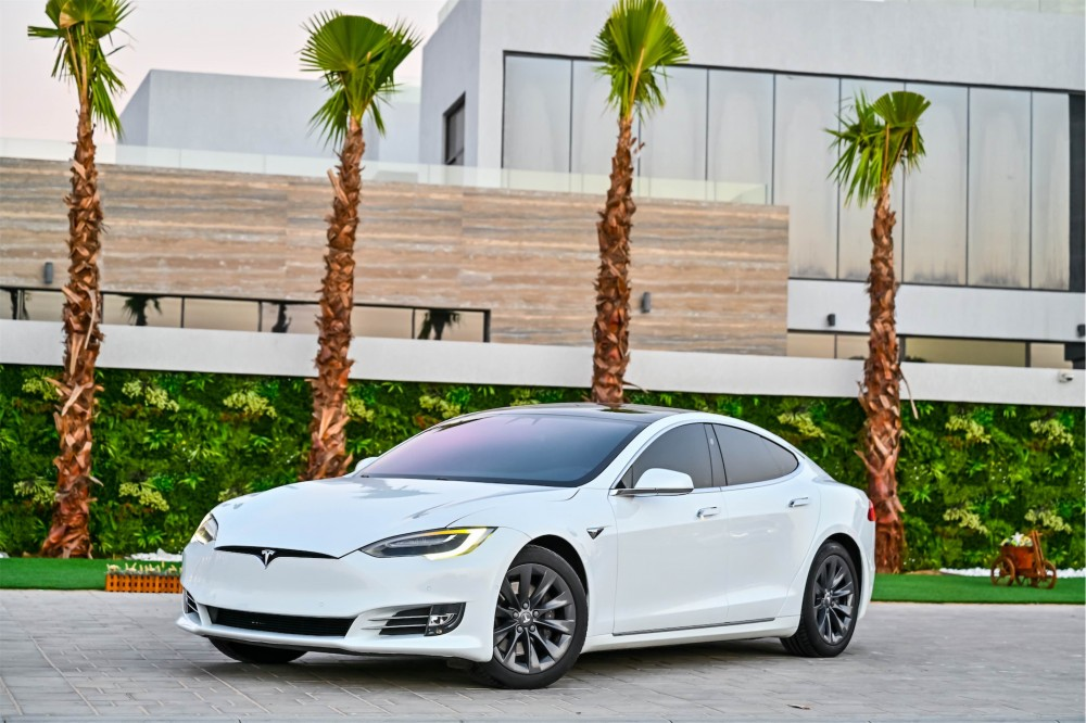 buy used Tesla Model S 75D without downpayment