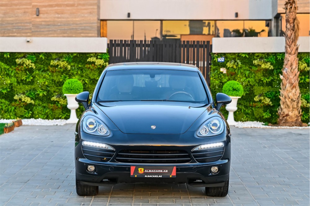 buy pre-owned Porsche Cayenne with warranty